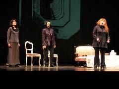 オペラトーク『神々の黄昏』での(左から)指揮者の準・メルクル氏、通訳のワシントン・寿代氏、演出家のキース・ウォーナー氏